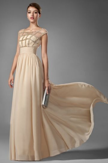A-Line/Princess Scoop Neck Floor-Length Chiffon Formal Dress With Ruffle Beading
